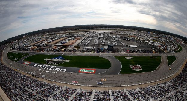 Atlanta race center folds of honor quiktrip 500 stats for Events at atlanta motor speedway