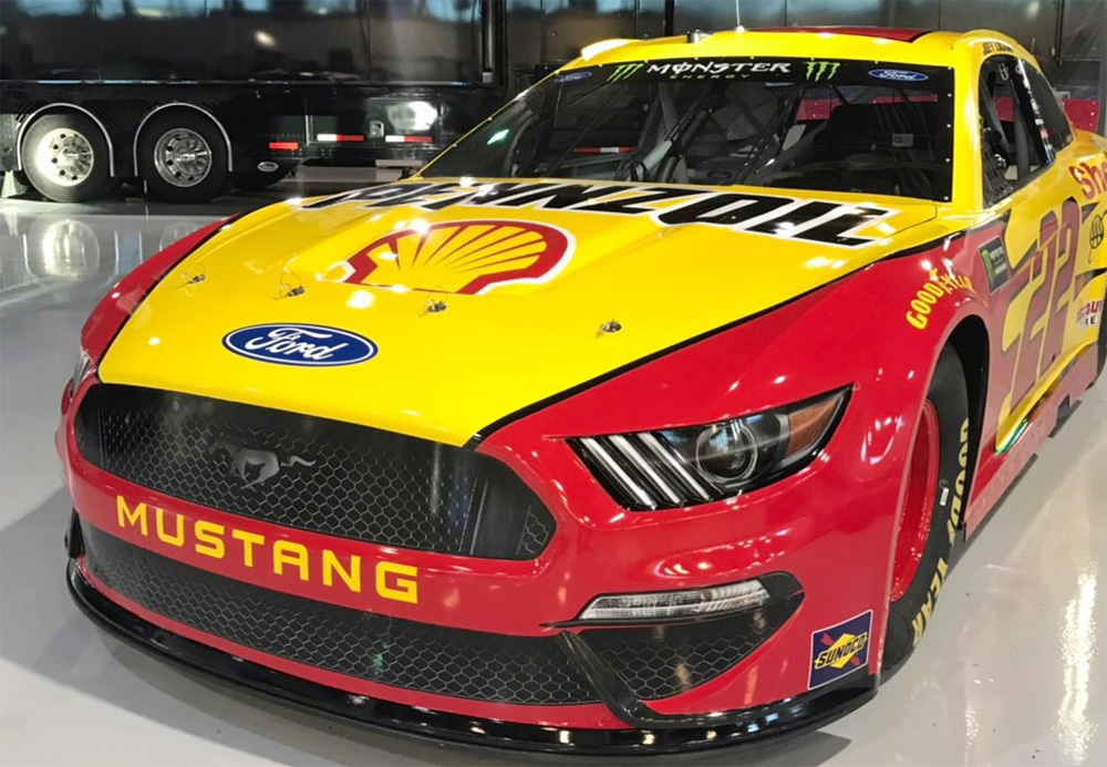 Joey Logano 22 Ford
