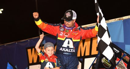 Gravel Prevails on Night 2 at Knoxville