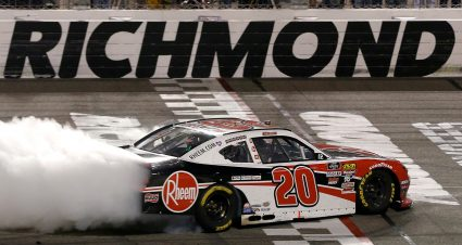Bell Dominates at Richmond
