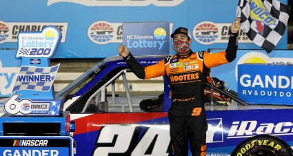 Elliott Beats Busch to Claim Bounty