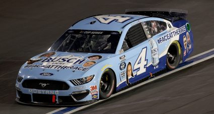 Harvick Extends Top-10 Streak