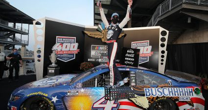 Harvick Wins Third Brickyard 400